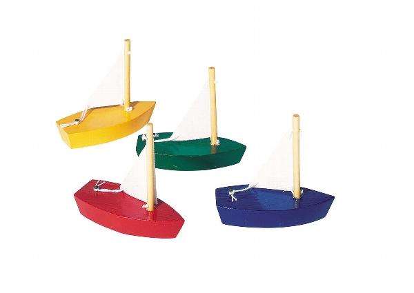mini-velero de madera