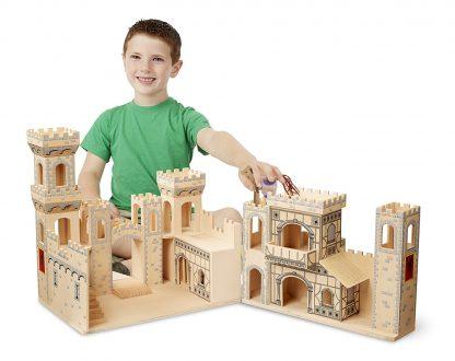 castillo medieval de madera